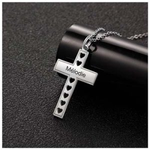 Collier croix personnalisé