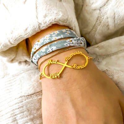 Bracelet infini 4 prénoms plaqué or