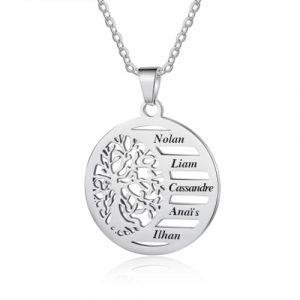 Collier arbre de vie avec prénoms